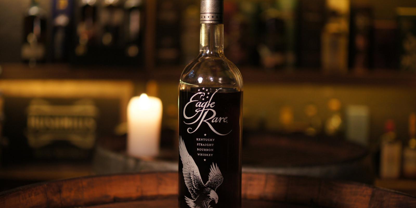 Image décrivant le produit Eagle Rare 10 ans qui fait partie des Whiskies