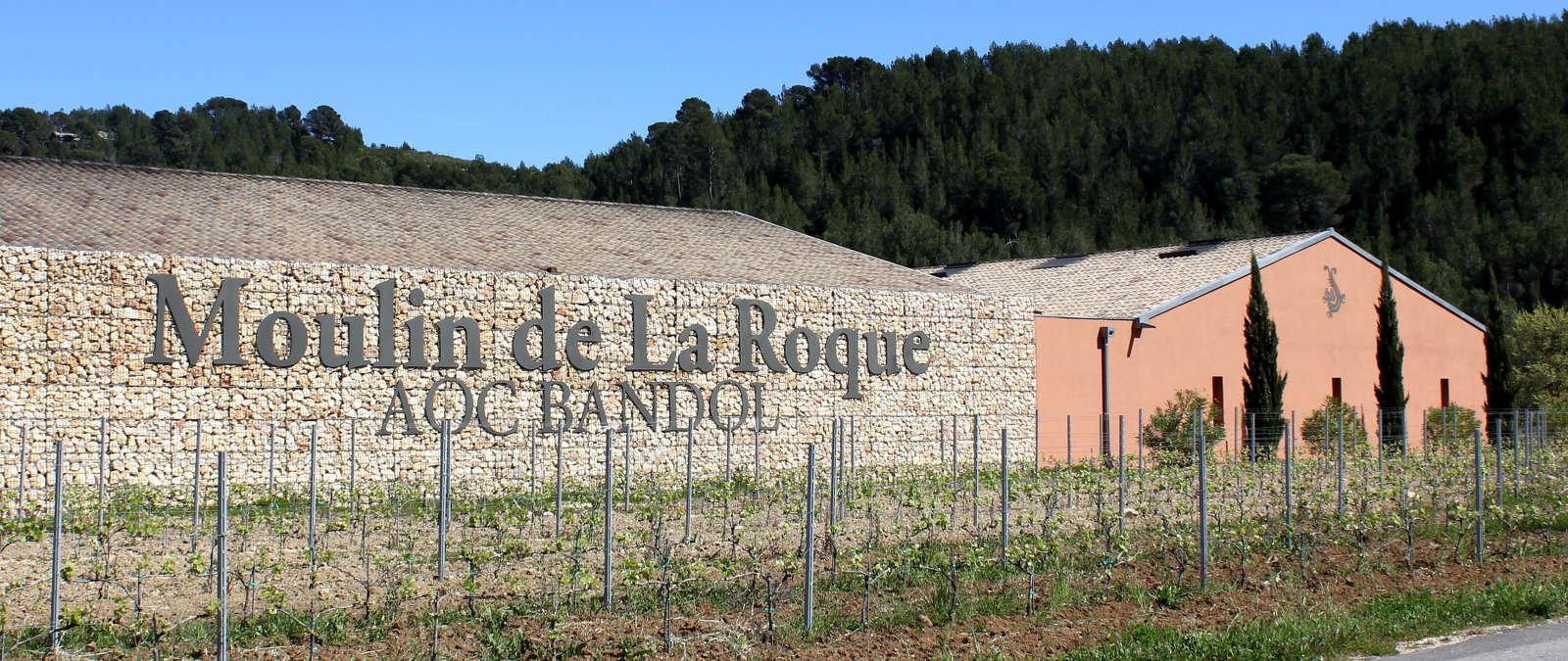 """Image représentant le produit AOP Bandol """" Les Restanques du Moulin """" 12cl en grand format, pour mieux voir le produit."""
