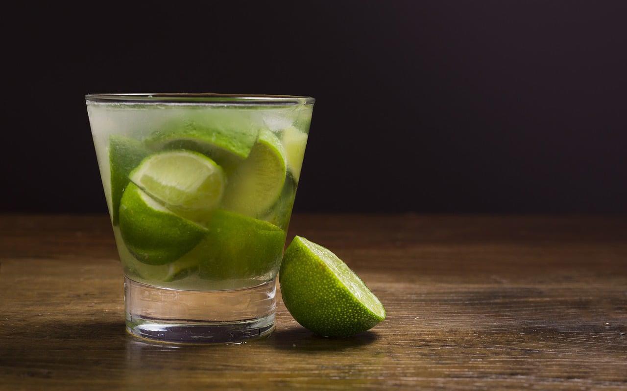 Image décrivant le produit Caipirinha qui fait partie des Cocktails